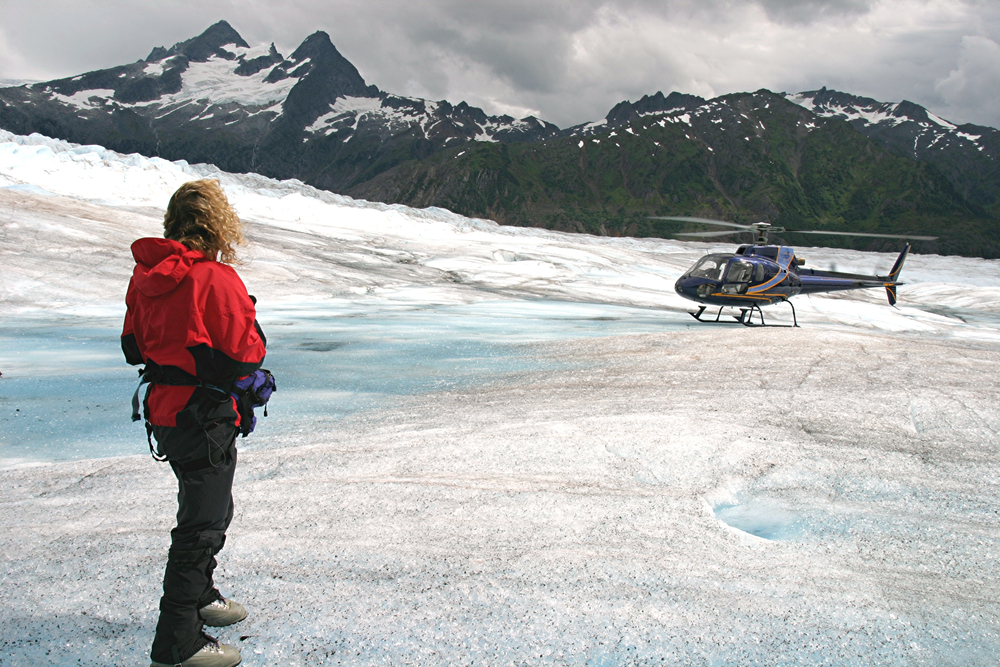 Mendenhall Glacier Trek Day Tour in Juneau, Alaska